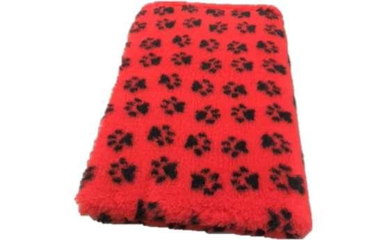 Legowisko dla psa DryBed czerwone w czarne łapki 100x75